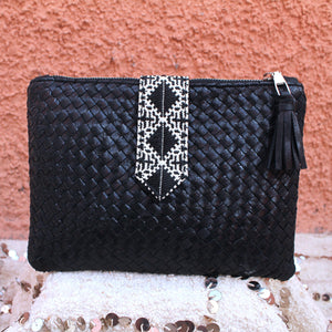 Lilia Clutch in Noir