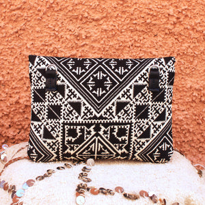 LUNA CLUTCH -Handbraided Shimmer Black-