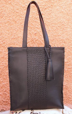MALLUN HANDCRAIDED LAPTOP TOTE -BLACK-