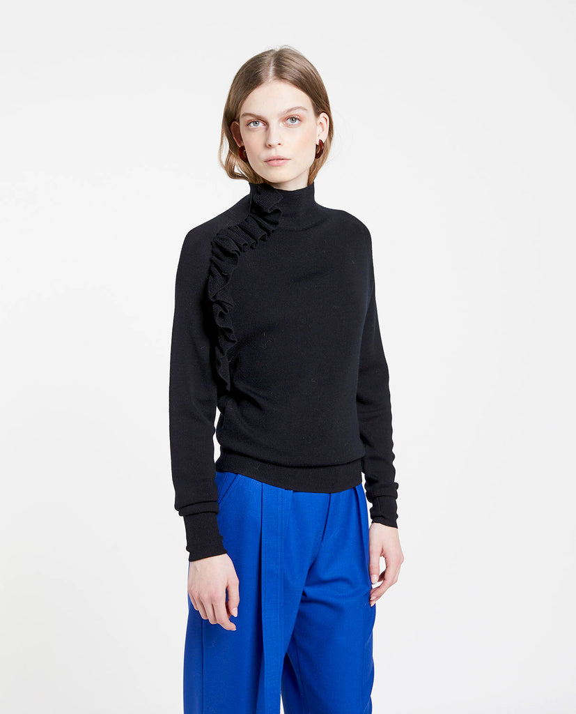 Wool Ruffle Black