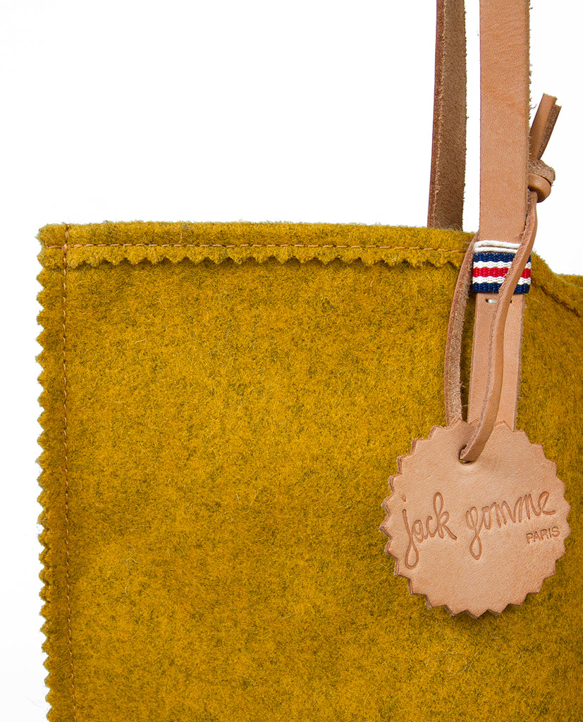 Jack Gomme tote bags can be found at Rue Blanche. Find a range of original accessories at Rue Blanche, a contemporary womenswear brand