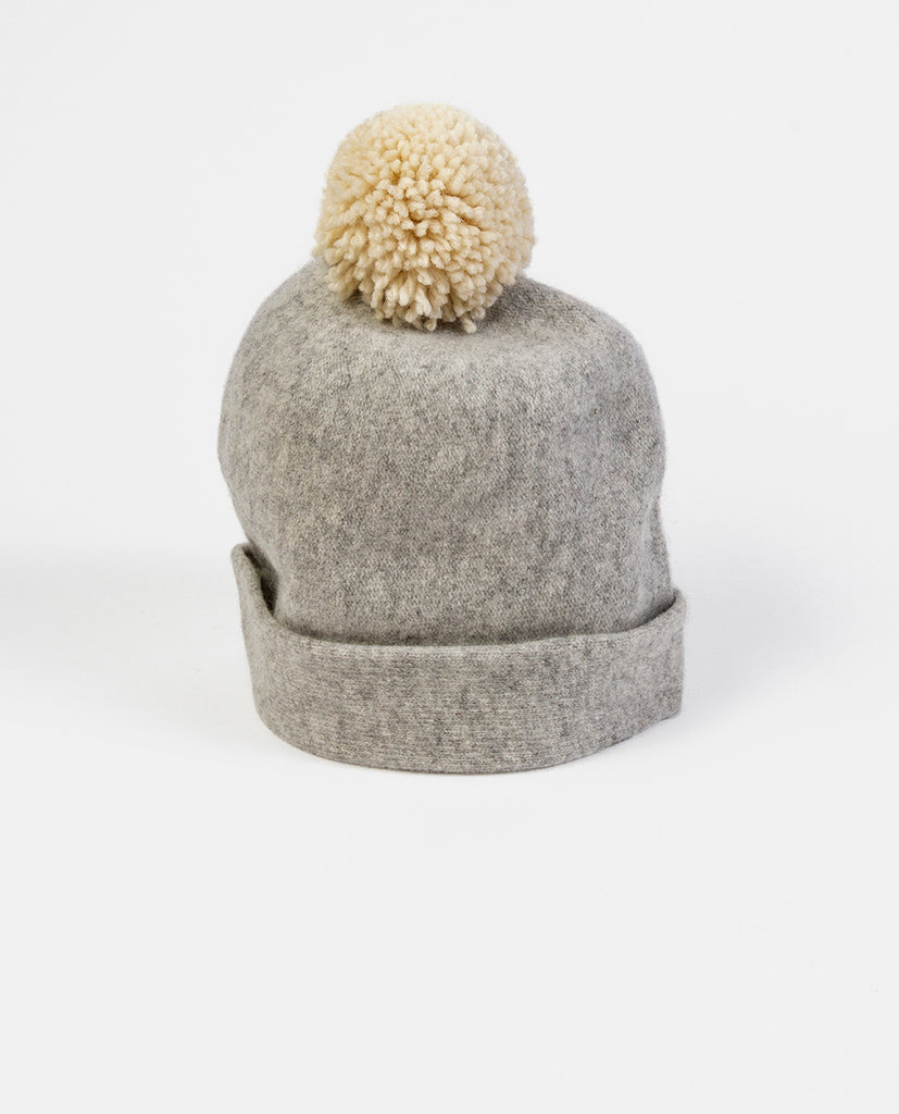Grey hat - Capogiro