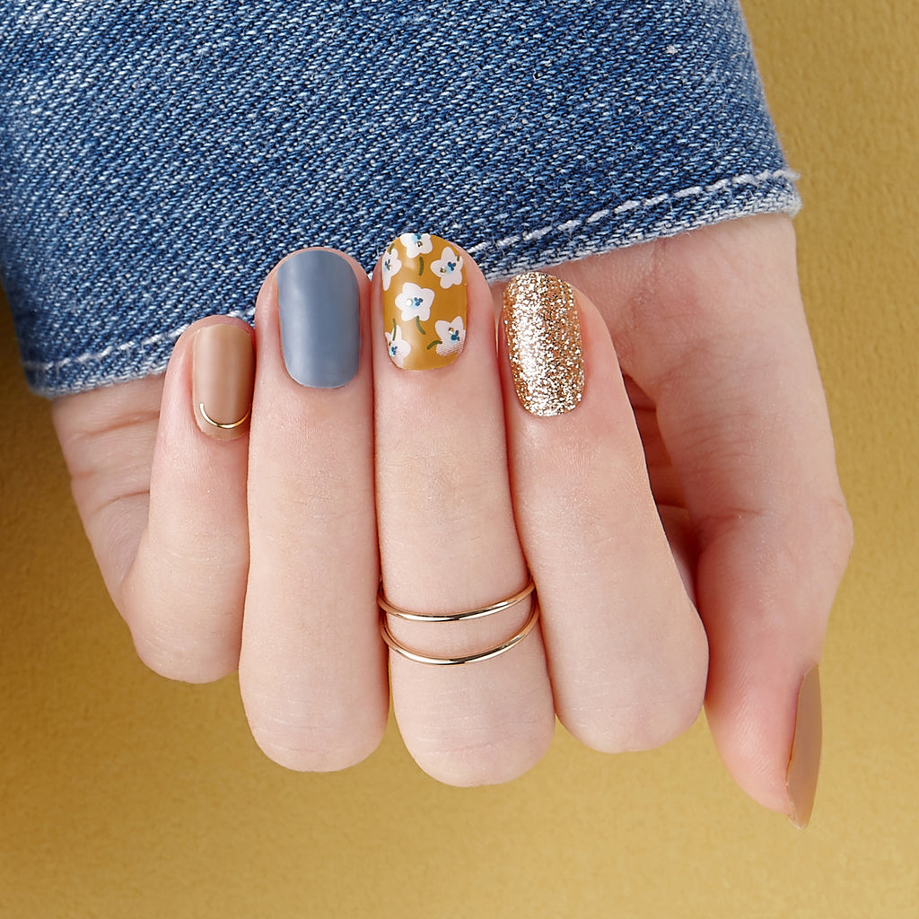 Midtown Maven | Gloss Gel Nail Strips by Dashing Diva