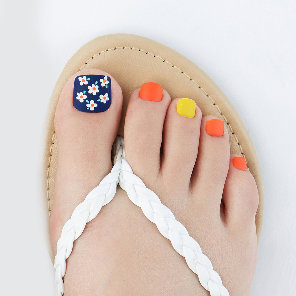 Spring Forward | Magic Press Nails for Toes by Dashing Diva