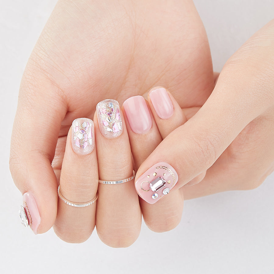 Bling on the Pink | Magic Press Nails by Dashing Diva