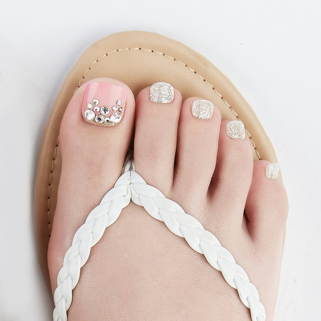 Elegant Affair | Magic Press Nails for Toes by Dashing Diva