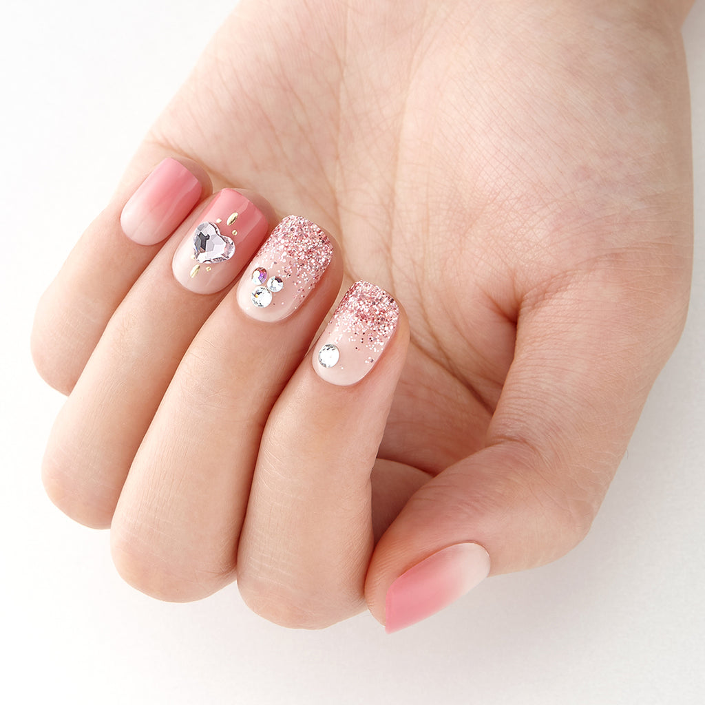 Pink Hearts | Magic Press Nails by Dashing Diva