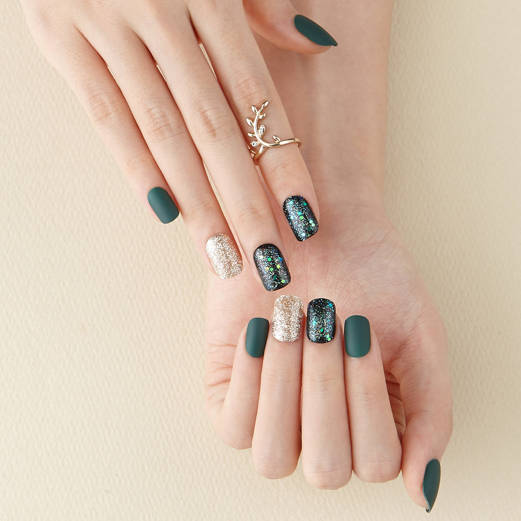Green Jean | Magic Press Nails by Dashing Diva