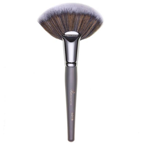 ilo118 - Large Fan Brush