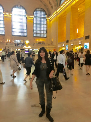 Jackie Shapiro, Grand Central Station, French Bull, Live Vivid, NYC, New York City, commuting, Metro North, Fashion, design