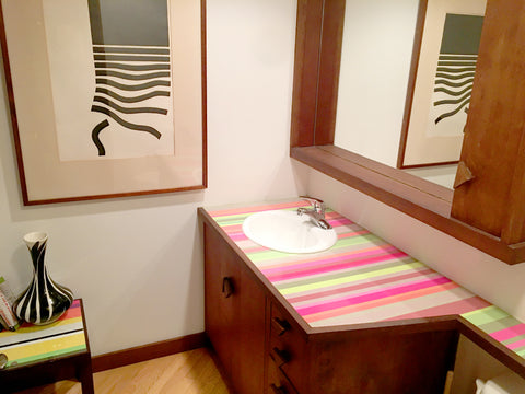 formica, powder room, counter