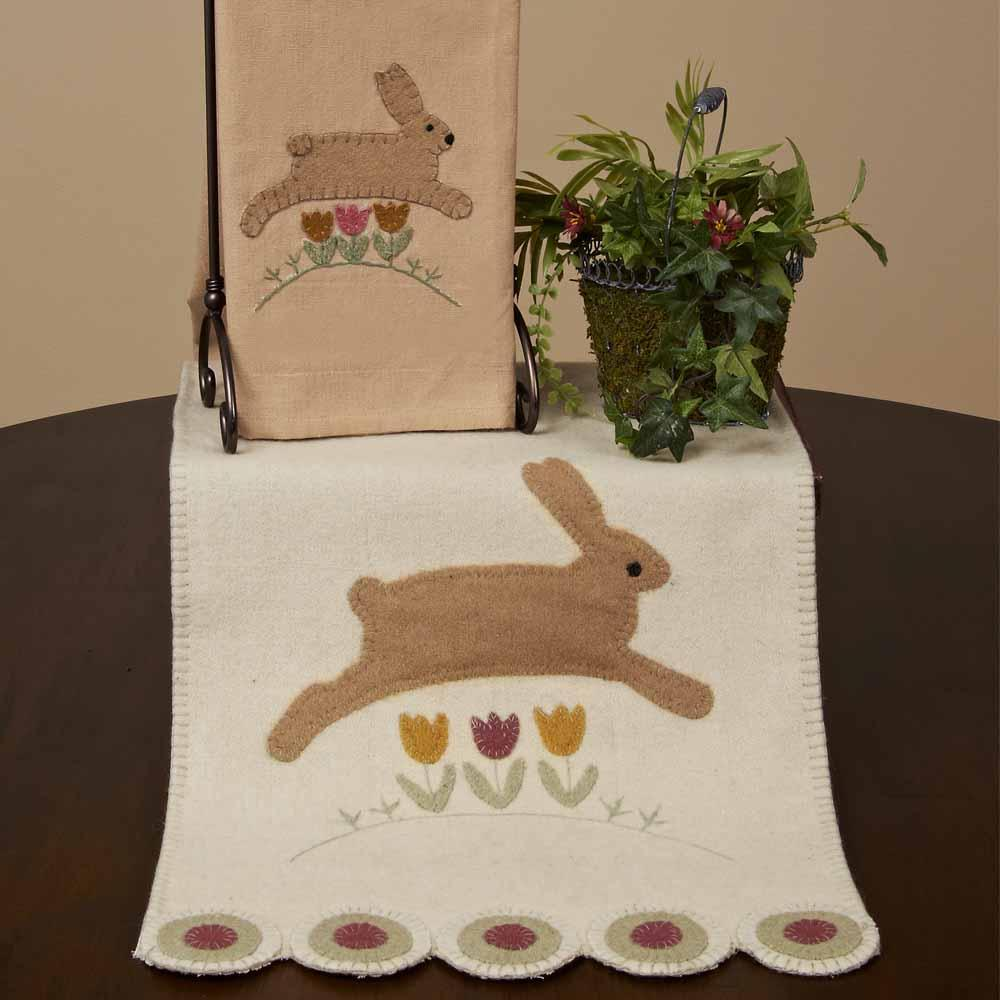 Nutmeg - Buttermilk Hippity Hop Table Runner - Interiors by Elizabeth