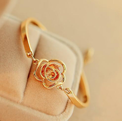 Lovely Rose Bracelet