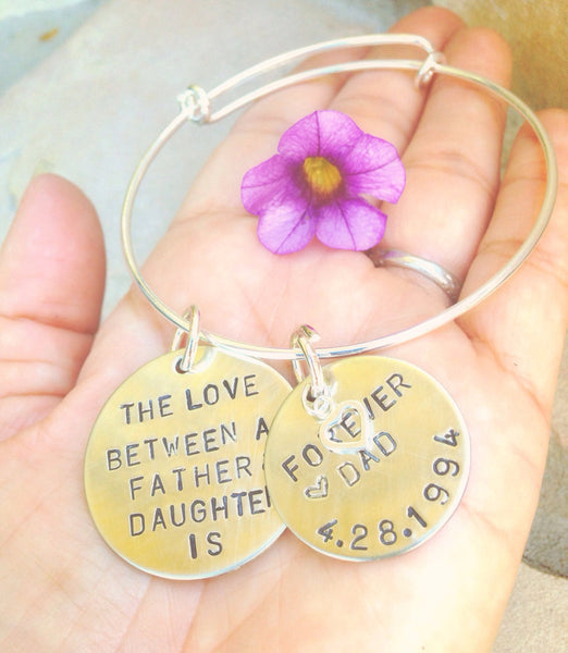 The Love Between A Father And Daughter Bangle Bracelet, Father Daughter Jewelry Gifts