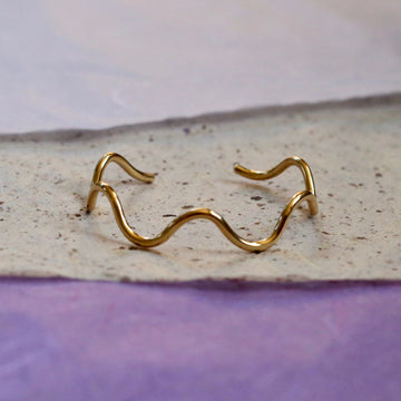 Squiggly Cuff
