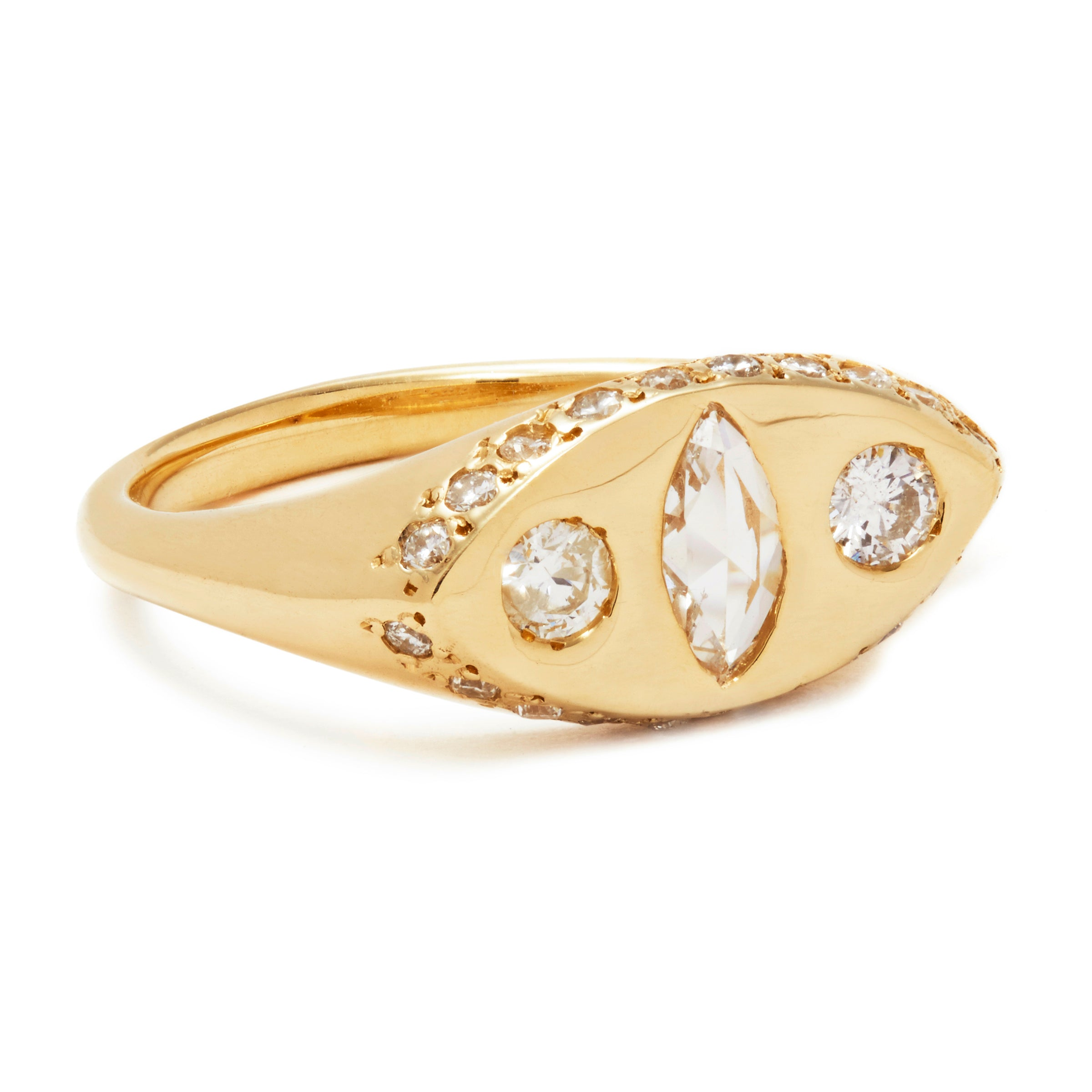 Makeda Ring with Diamond