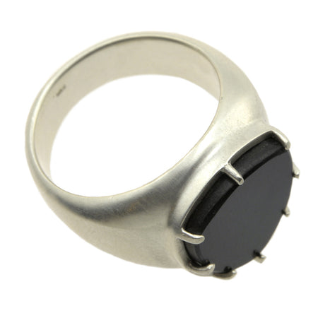 ONYX TABLET RING