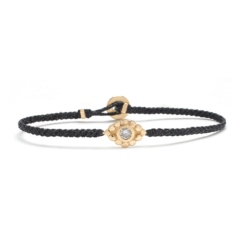 Evil Eye Macrame Bracelet in Gold with Diamonds