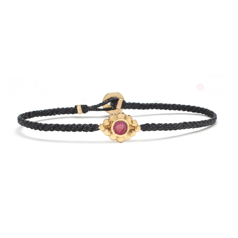 Evil Eye Macrame Bracelet in Gold with Ruby