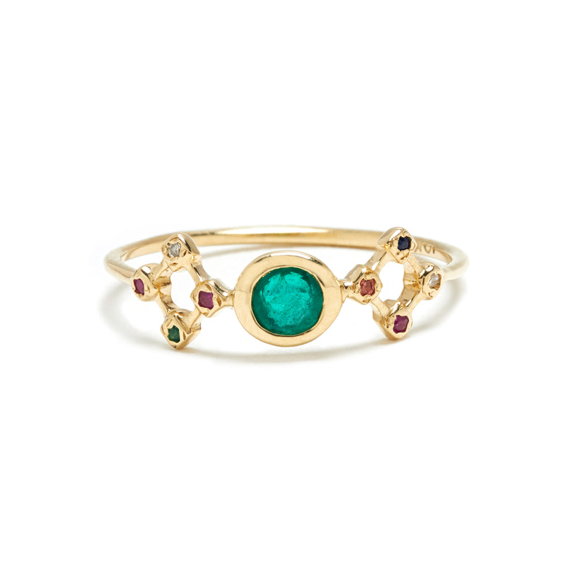 Temple Ring in Gold with Emerald