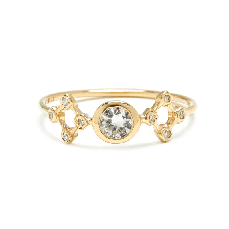 Temple Ring in Gold with White Sapphire