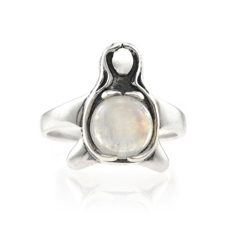 CARRIAGE HOUSE BIRTH MOONBEAM RING