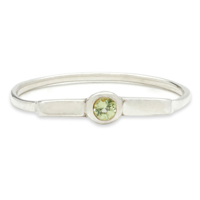 Wish Band in Silver with Peridot