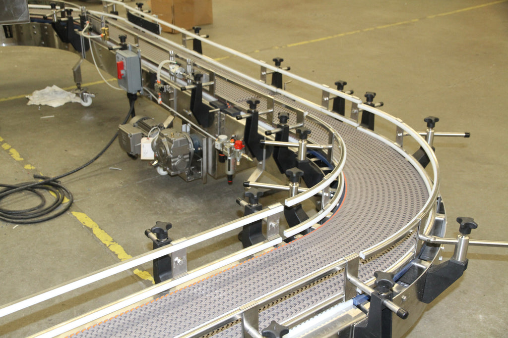 Modular Conveyors Provide Adapabilty in the Bottling Line