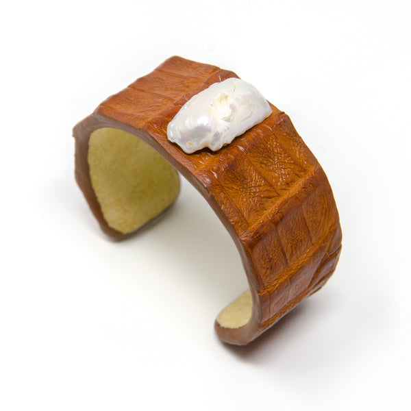 Alligator Cuff with Pearl