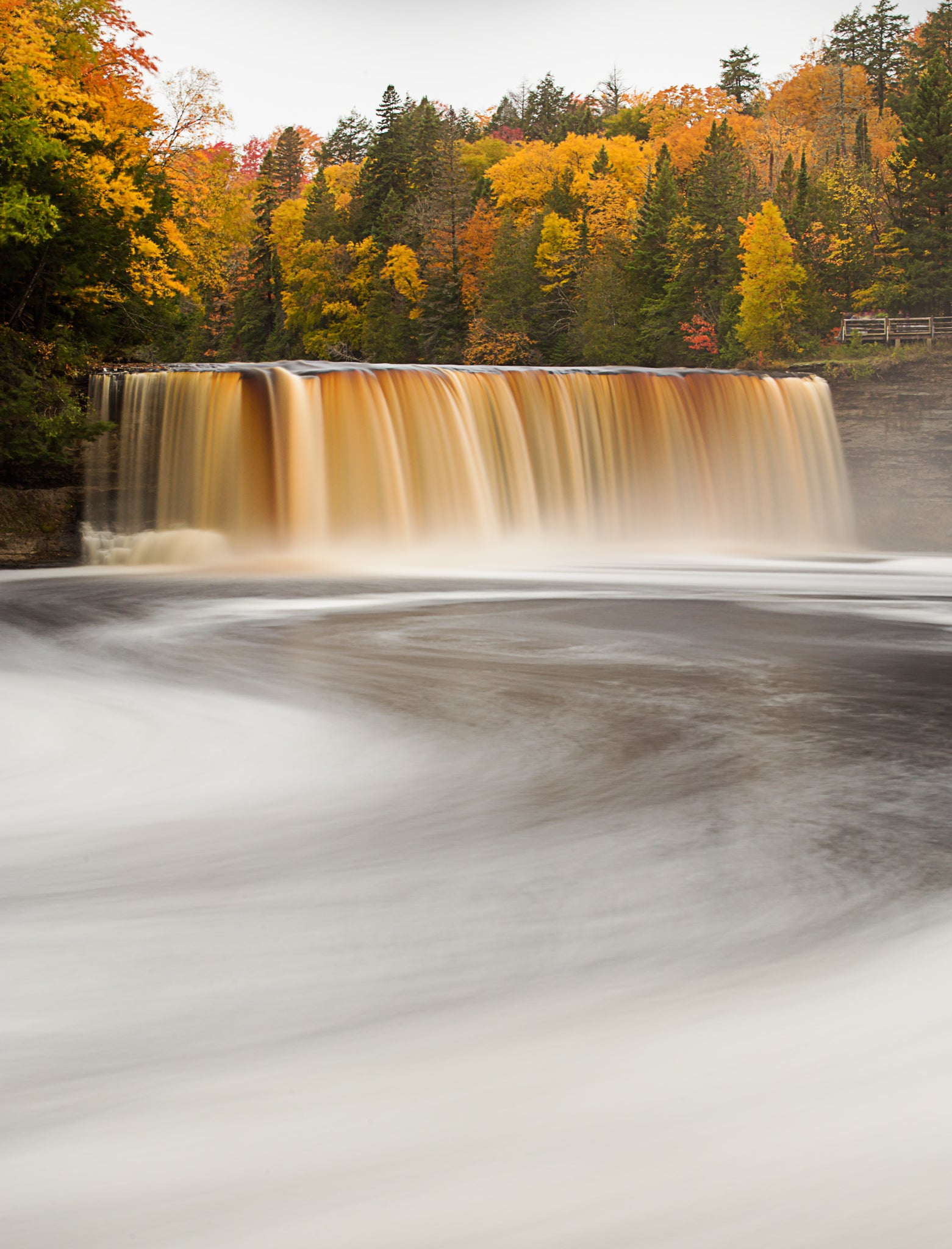 Tahquamenon Falls (Nick Zupancich photography)