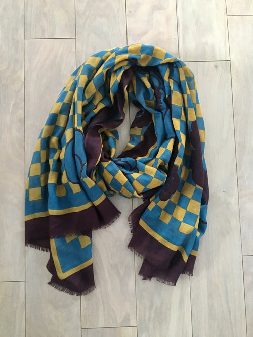 Blue silk and cashmere scarf