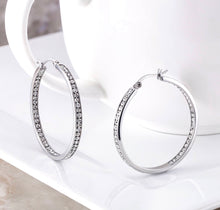 Load image into Gallery viewer, LE MEZZ HOOP earrings