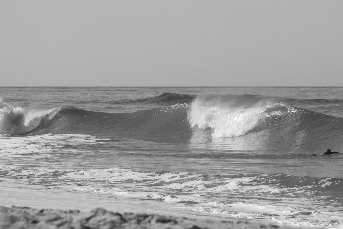 broll-waves-bw