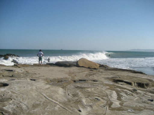 Peeling Lefts at a secret point in Peru.