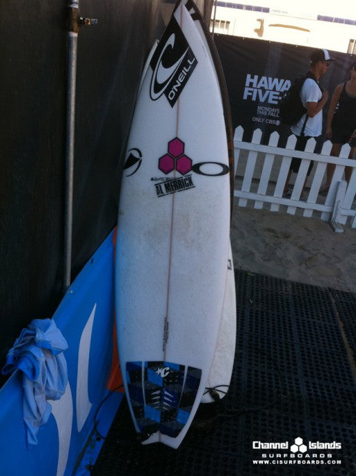 This is Sage's weapon of choice, Kelly's  Whip model: 5-9 181/4 21/4 swallow tail with future fins