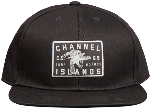 Localé Structured Snapback