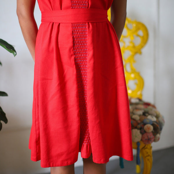 Kei - handsmocked shift dress in red