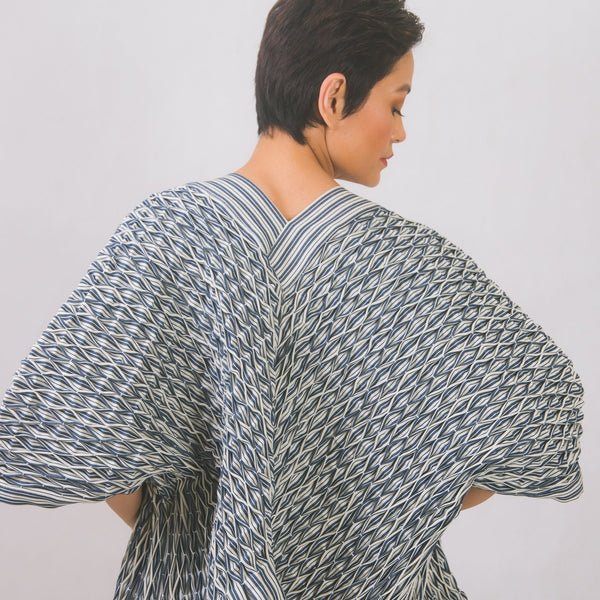 Hand-smocked kimono in striped cotton