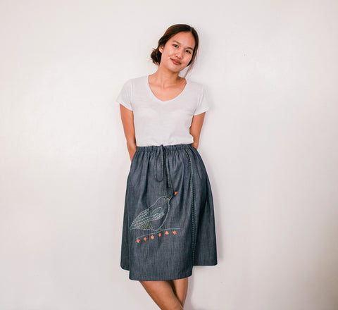 Buzzing Flowerpecker Denim Drawstring Skirt no. 4