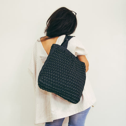 Honeycomb Tote Bag - black