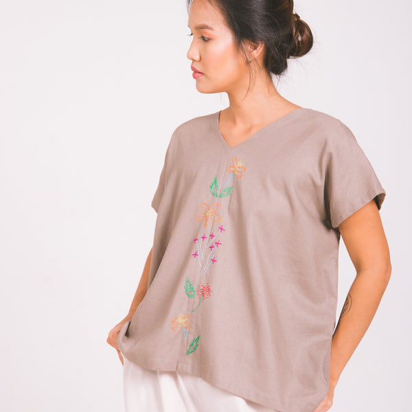 Wings & Wildflowers Blouse - sand linen