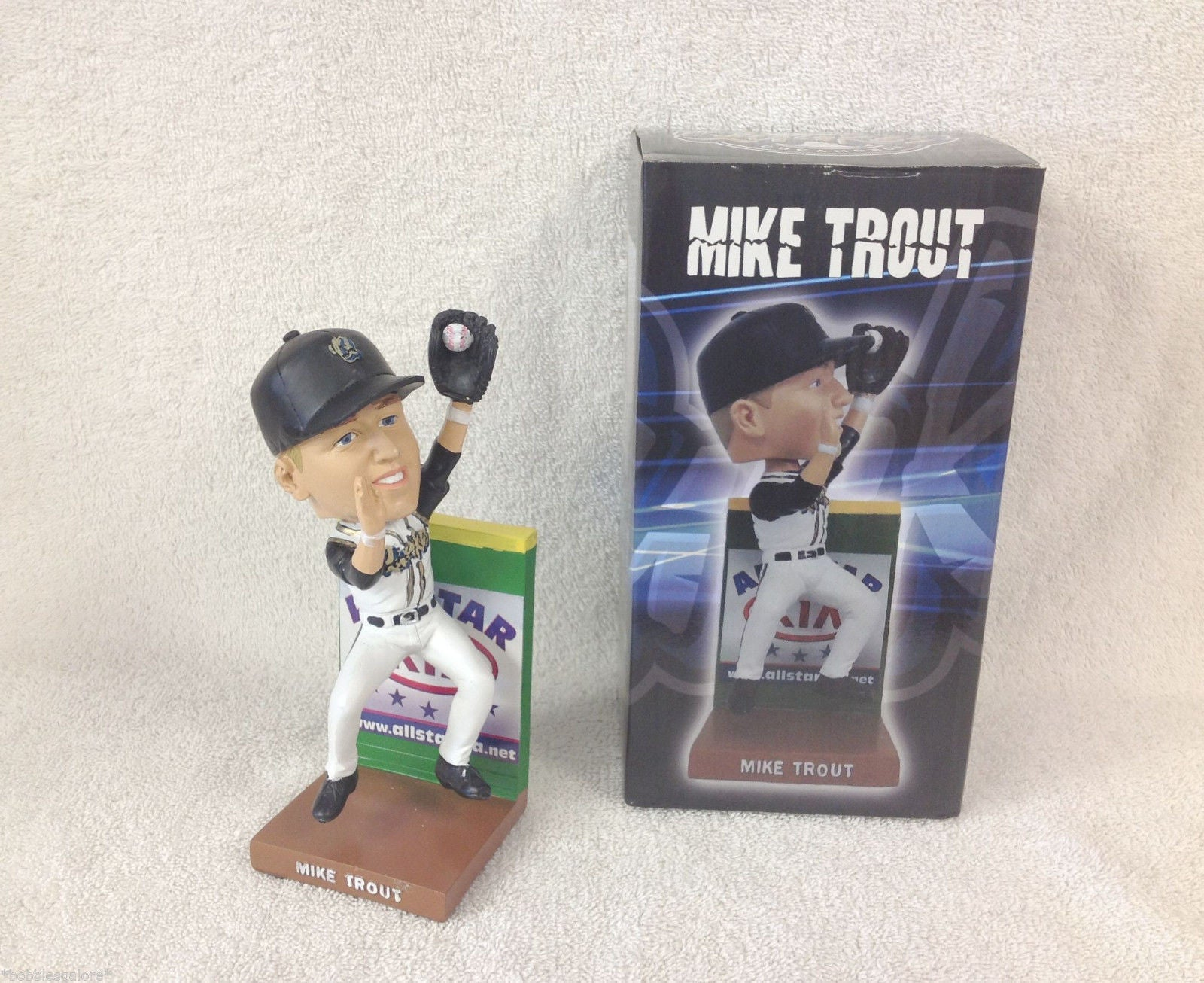 Mike Trout Bobblehead 2013 Quakes - BobblesGalore