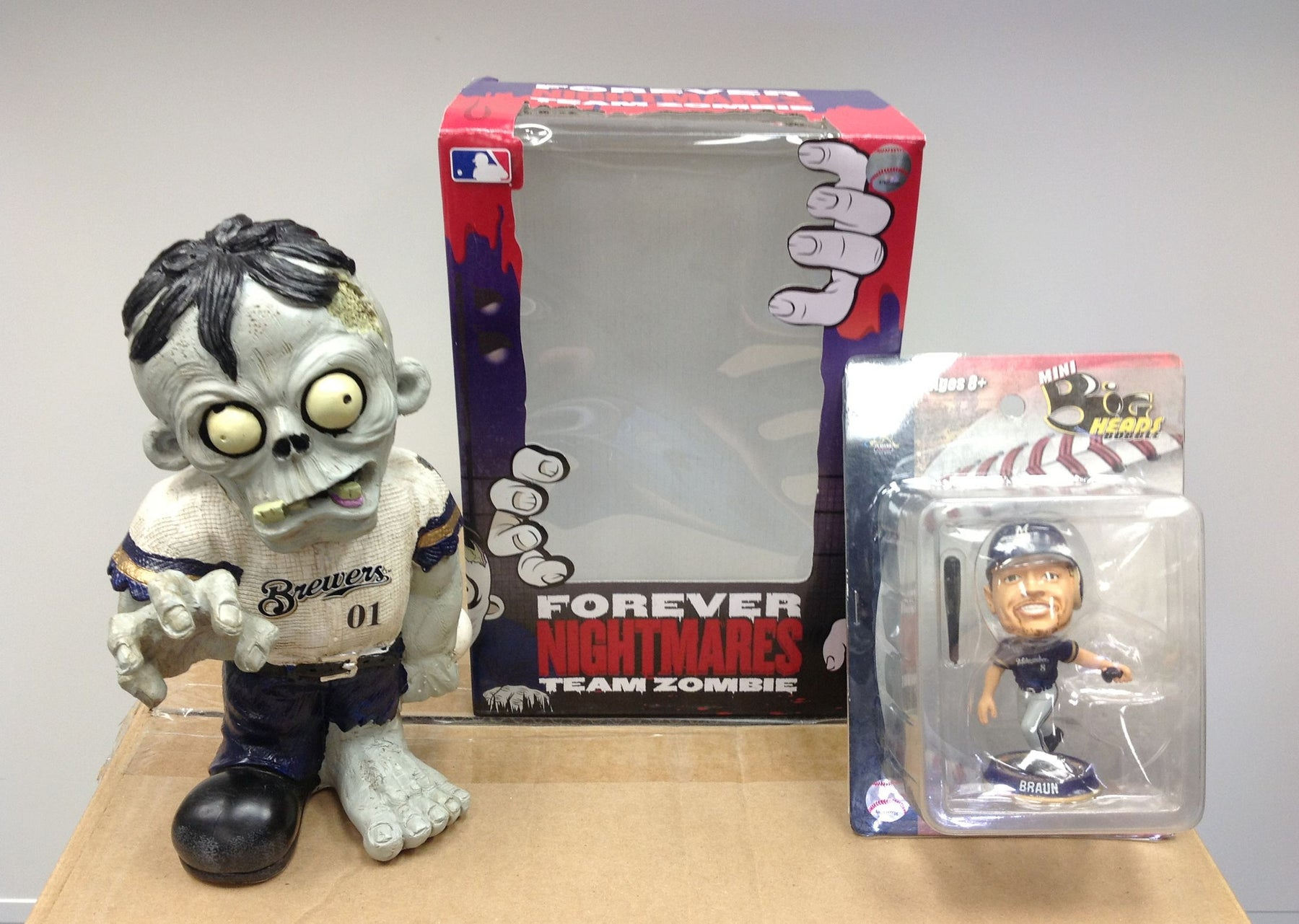 Milwaukee Brewers Zombie and Ryan Braun Grey Bobblehead - BobblesGalore