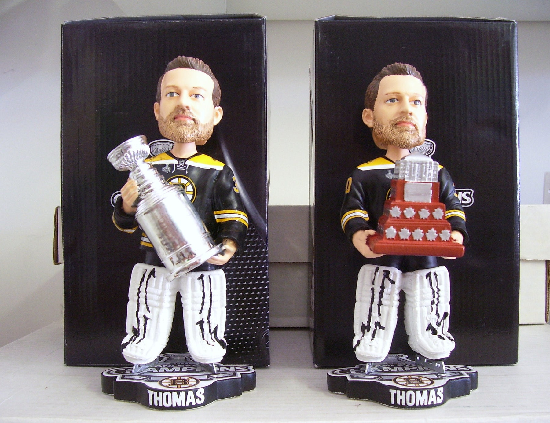 Tim Thomas Bobblehead SET - BobblesGalore