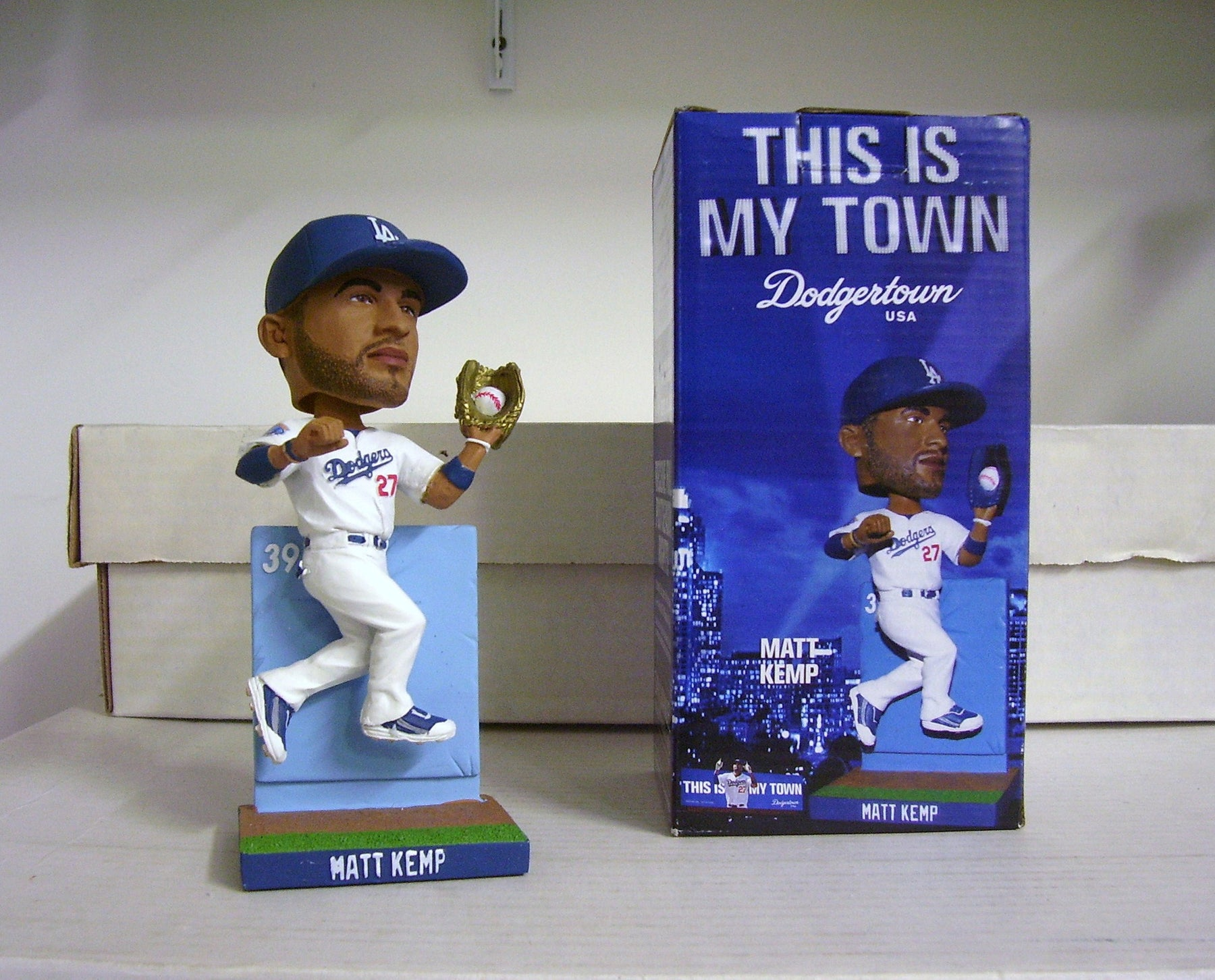 Matt Kemp GOLD GLOVE Bobblehead - BobblesGalore