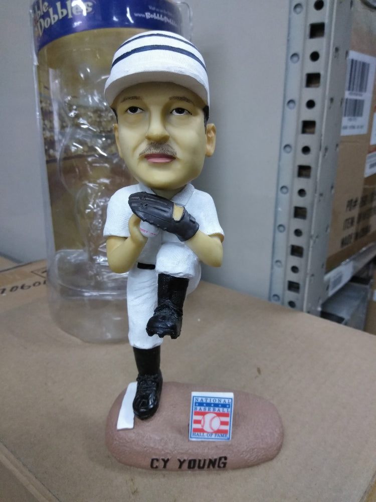 Cy Young   Bobblehead MLB