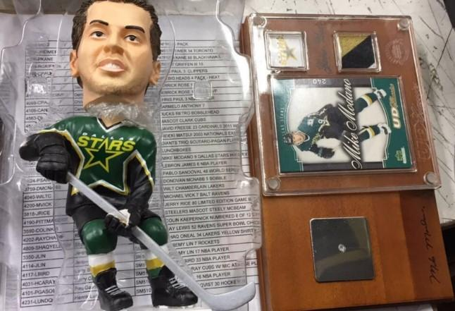 Mike Modano Dallas Stars Upper Deck Classics 2003 Dallas Stars Bobblehead