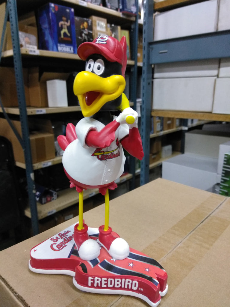 Fredbird St. Louis Cardinals Flag Base FOCO 2013 Bobblehead