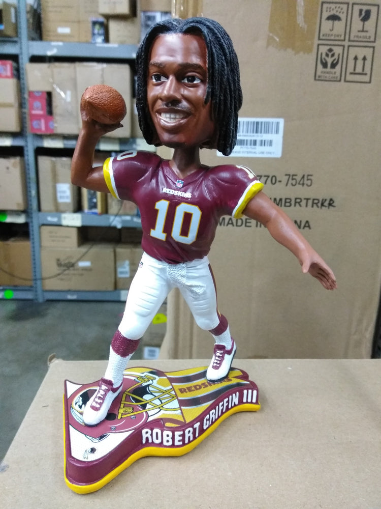 Robert Griffin III Washington Redskins Flag Base Washington Redskins Bobblehead
