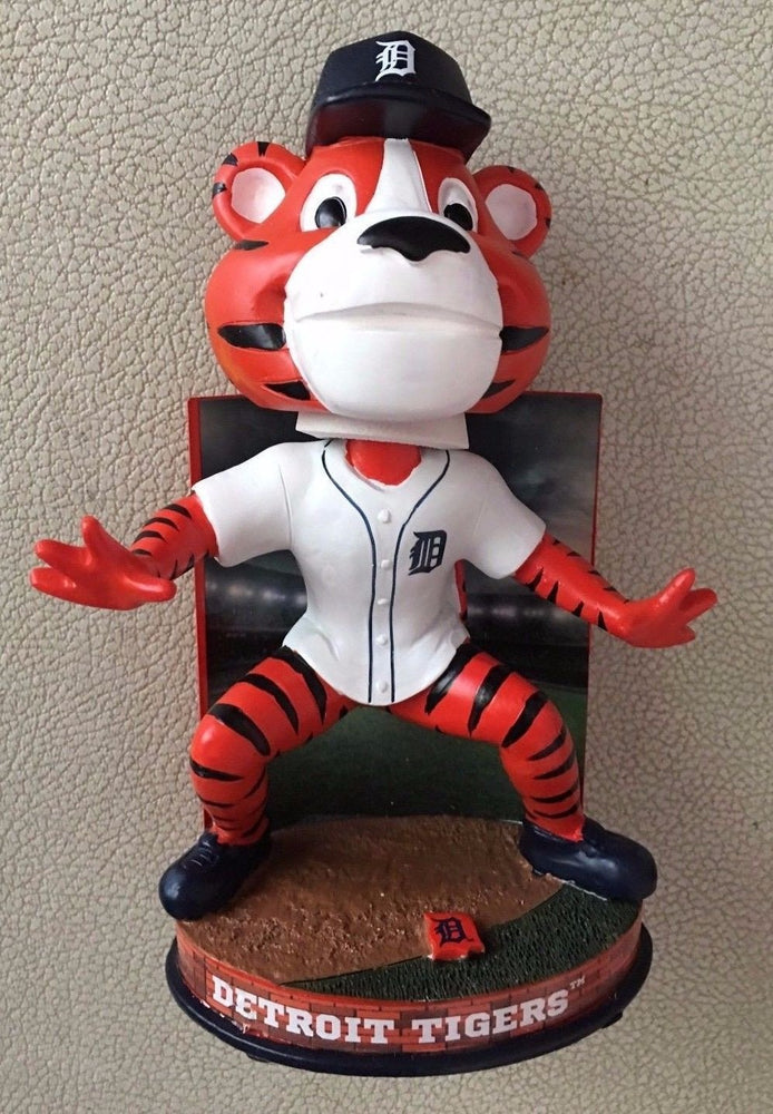 Paws Detroit Tigers Paws Stadium Bobble FOCO 2016 Detroit Tigers Bobblehead